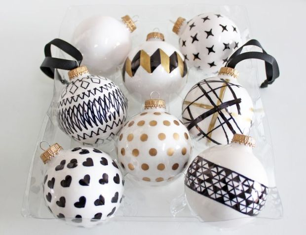 Decorative Balls: Made with white balls and permanent markers black and gold